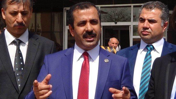 Sağlık Sen Genel Başkanı Memiş, Roketli Saldırıya Uğrayan Kilis'teki Sağlık Kurumlarını Ziyaret Etti