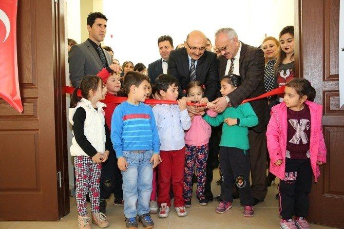 Kocasinan'da Minik Öğrencilerden Büyük Sergi