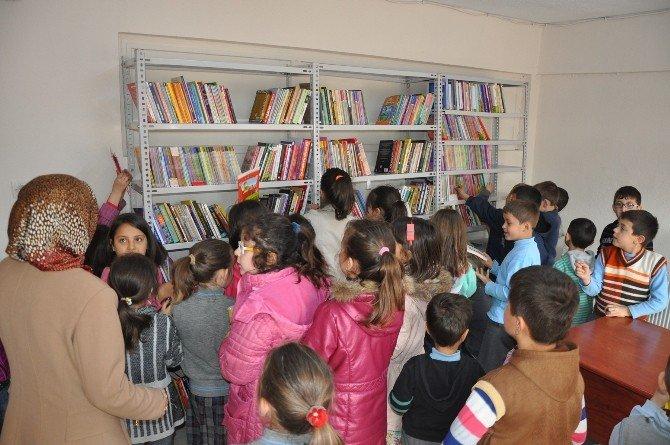 UEDAŞ'tan İnegöl'e Kütüphane