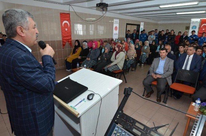 Başkan Polat, Öğrencilerle Sohbet Etti