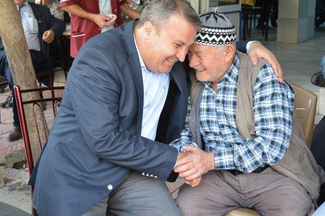 Başkan Çerçi Yaşlılar Haftası'nı Kutladı