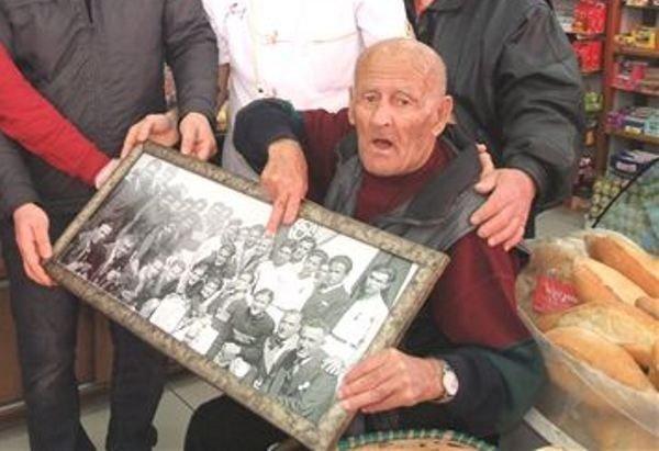 104 Yaşında Vefat Eden Eski Futbolcu Defnedildi