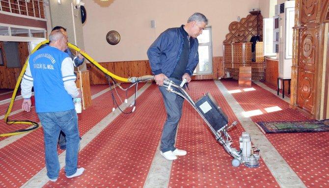 Yaylalarda ibadethane temizliği başladı