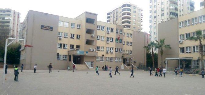 Hükümlülerin yenilediği okula 'Beyaz Bayrak'