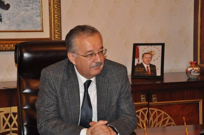 Aday Öğretmenlerden Vali Özdemir'e Ziyaret