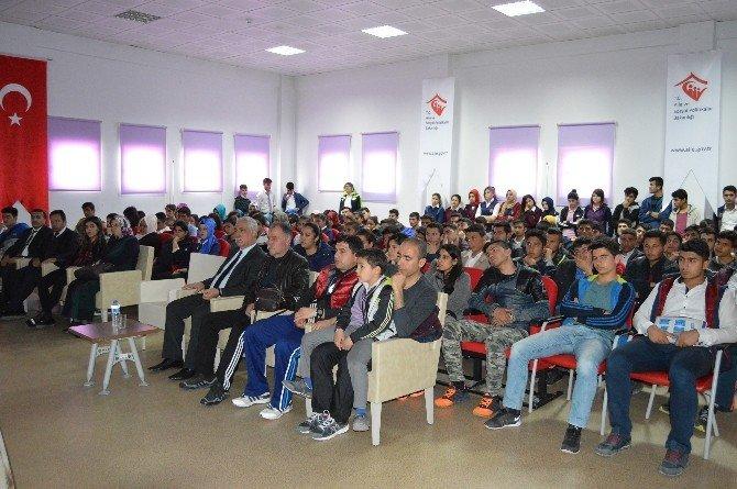 Besni'de Mesleki Tanıtım Programı Düzenlendi