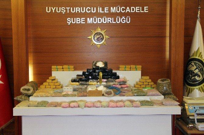 Uyuşturucu Şebekesi Çökertildi: 26 Gözaltı