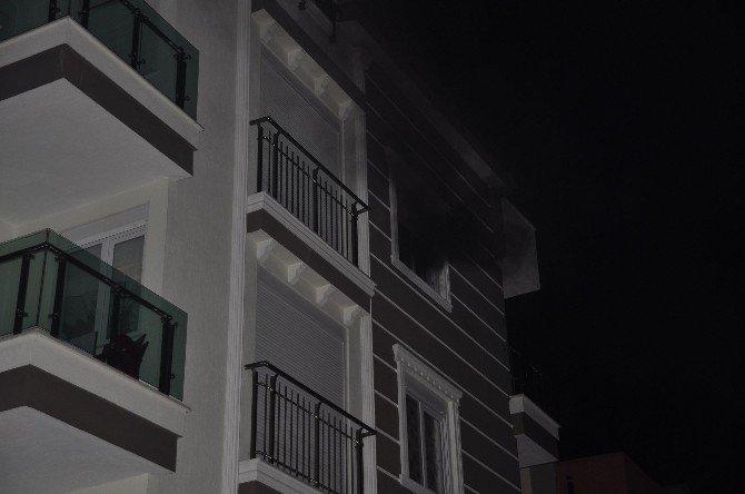 Manavgat'ta Ev Yangını