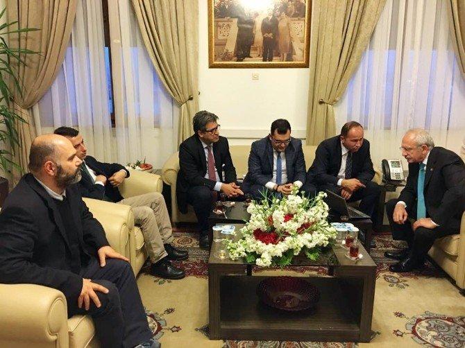"""Davutoğlu Ve Kılıçdaroğlu'nun """"Filistin"""" Hassasiyeti"""