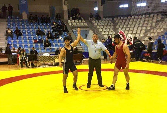 Çan Belediye Güreş Kulübü'nden Türkiye Şampiyonluğu