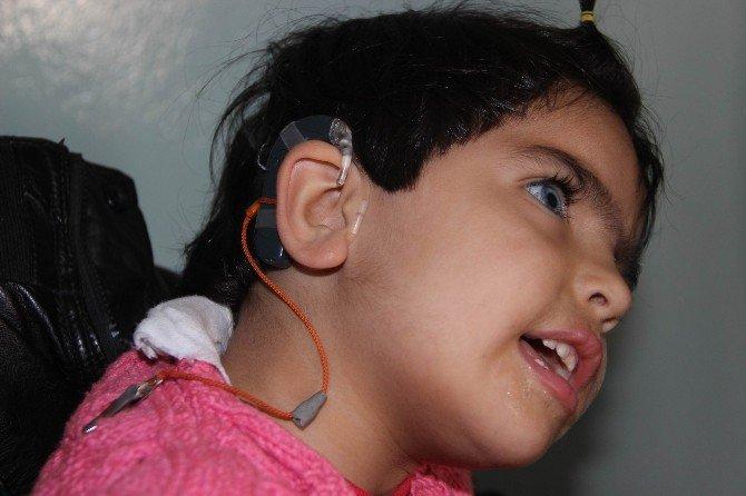 Minik Büşra'ya, Fatma Şahin Sahip Çıktı