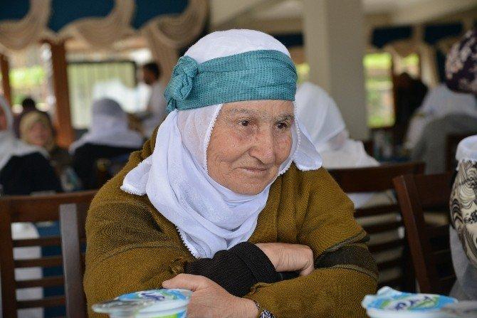 Diyarbakırlı Yaşlılar Hevsel'de Buluştu