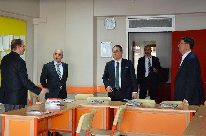 Yıldırım Ve Eser'den Erzurum Hüseyin Turgut Eğitim Merkezi'ne Ziyaret