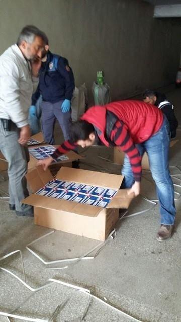 Bolu Polisinden Kargo Kamyonuna Operasyon