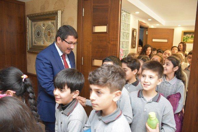 Gazili Öğrenciler Şehzadeler Belediyesini Tanıdı