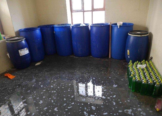 Şanlıurfa'da 4 Ton Sahte Deterjan Ve Şampuan Ele Geçirildi