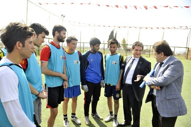 Kahramanmaraş'ta Kütüphaneler Arası Futbol Turnuvası Başladı