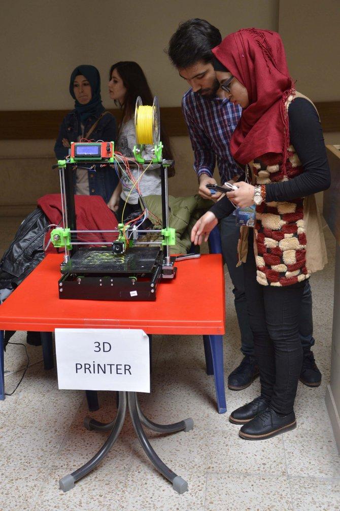Üniversite öğrencilerinin yaptığı 40 robot yarıştı