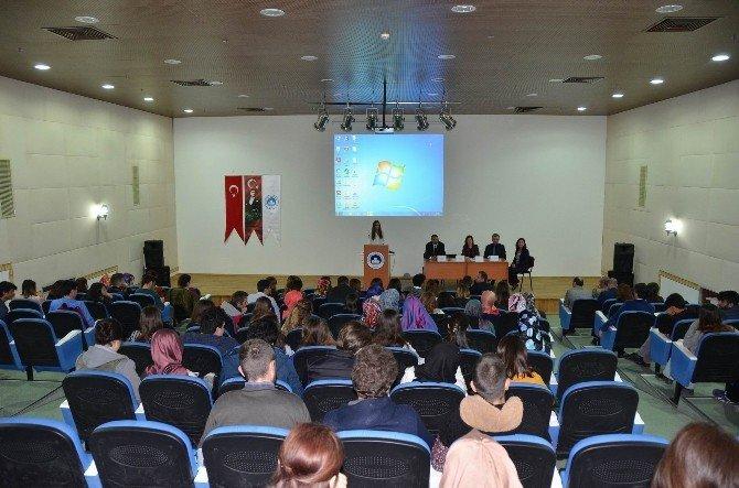 Sağlık Yönetimi Bölümü Öğrencilerine Seminer