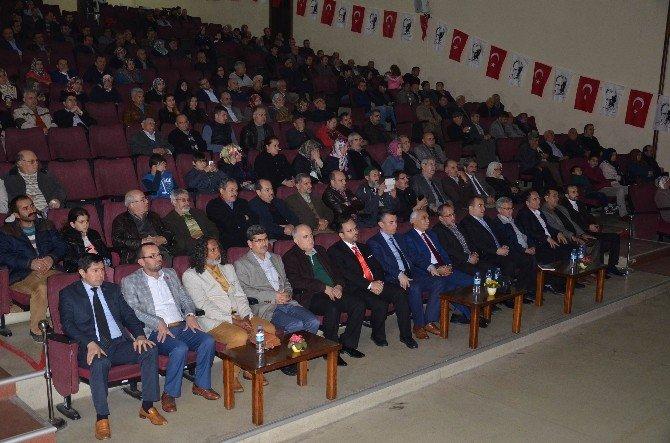 Tarihçi-yazar Mustafa Turan'dan Anlamlı Konferans