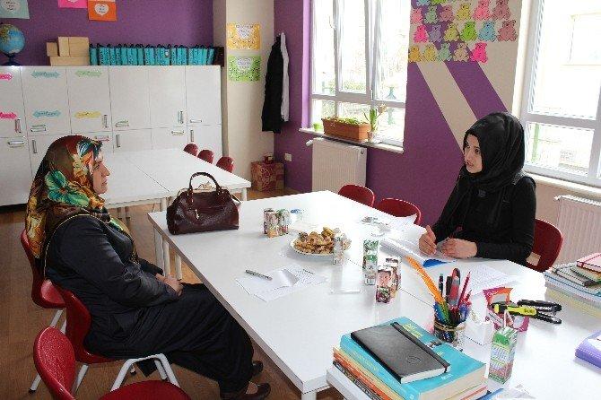 Çınar Kolejinde Veliler Toplantısı Yapıldı