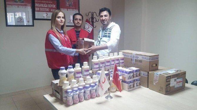 Malatyalı Eczacılardan Kızılay'a Yardım