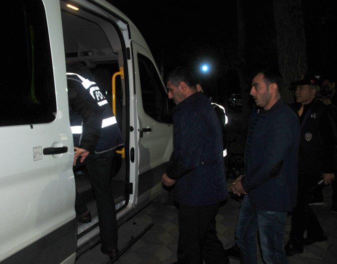Manisa'da KCK operasyonu: 12 kişi sağlık kontrolünden geçirildi