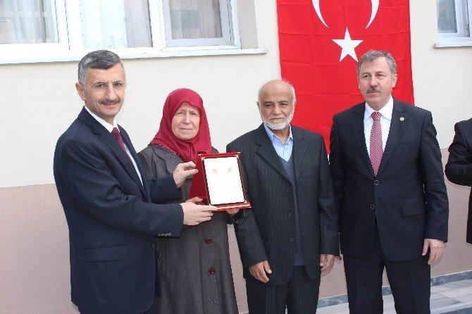 Salihli'de Camii Ve Kur'an Kursu Hizmete Açıldı