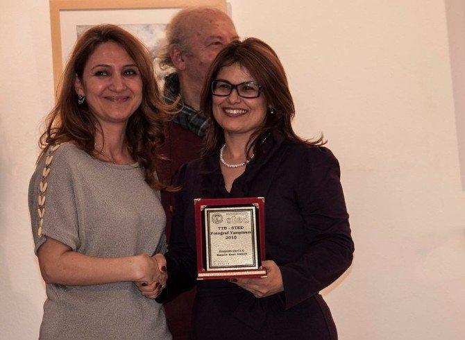 Patoloji Uzmanına Fotoğraf Ödülü