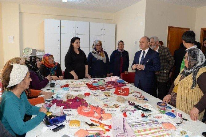 Vali Çakacak, Kadın, Gençlik Ve Çocuk Merkezi'nin Açılışı Gerçekleştirdi