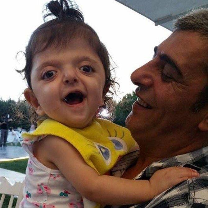 Minik Mira'nın Karaciğeri İki Çocuğu Hayata Bağladı