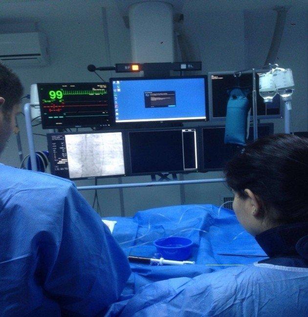 SB-odü Tıp Fakültesi'nde Bir İlk