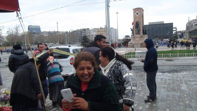 Taksim'de şüpheli bavul alarmı