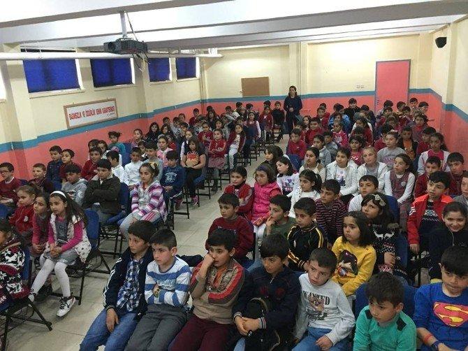 Minik Öğrencilere Geri Dönüşüm Eğitimi Veriliyor