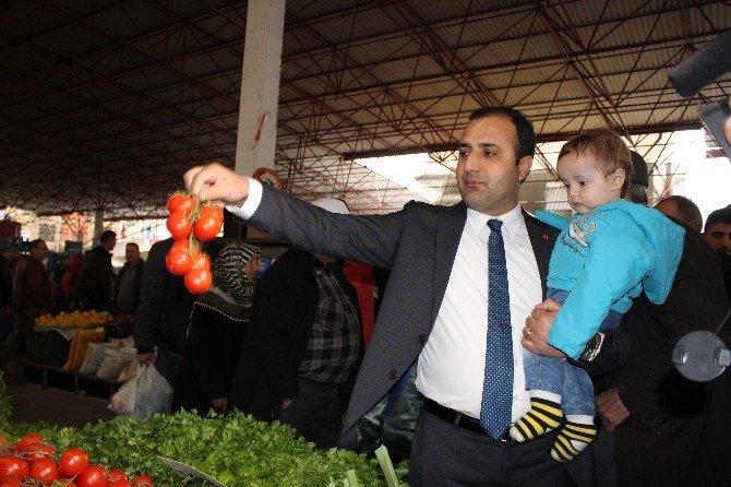 Başkan, Teröre İnat Ailesiyle Pazara Çıktı
