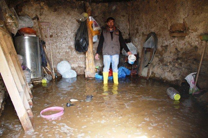 Van'da Su Altında Kalan Hayatlar