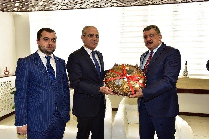 Cumhurbaşkanı Başdanışmanı Topçu, Başkan Gürkan'ı Ziyaret Etti