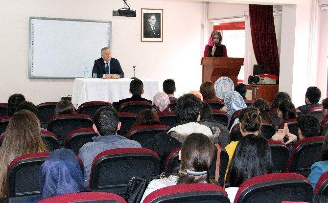 """Yazar Metin Köse: """"Bizde Okumak, Okul Bitirmek Gibi Algılanıyor"""""""