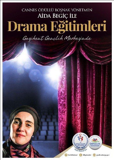 Aida Begiç'den 75 Suriyeli Yetim Çocuğa Drama Eğitimi