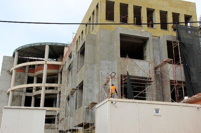 Altınova'nın Akıllı Binası Gün Sayıyor