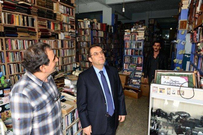 Vali Türker'den Esnafı Ziyareti
