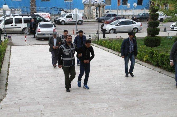 Milas'ta Tefecilik Operasyonunda 4 Gözaltı