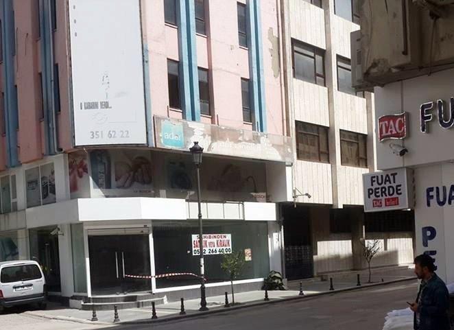 Banka Şubesi Önüne Bırakılan Şüpheli Poşetten Naylon Poşetler Çıktı