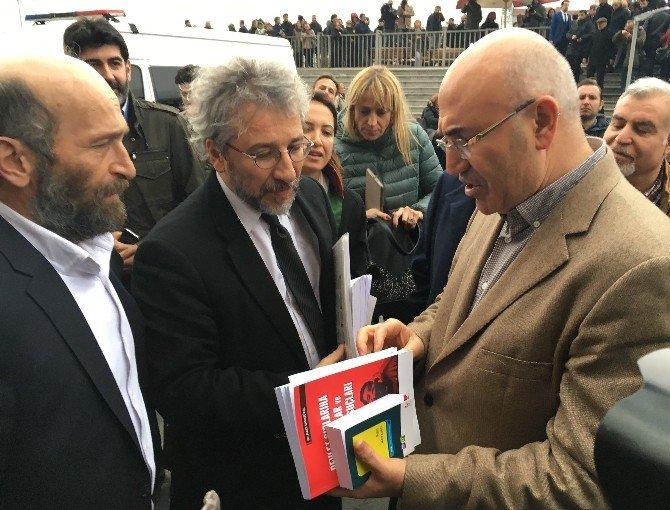 Can Dündar Ve Erdem Gül'den Duruşma Sonrası Basın Açıklaması