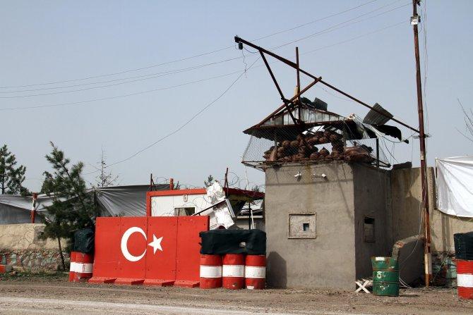 Bombalı saldırı düzenlenen karakolun çevresi brandayla kapatıldı