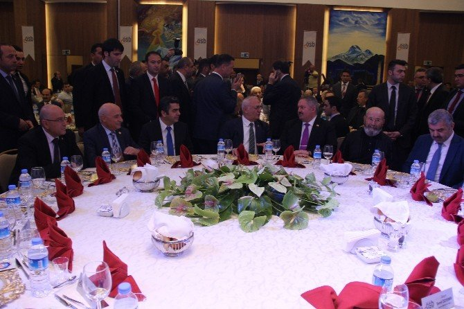 """Ekonomi Bakanı Elitaş: """"6 Yıldır 5,1 Büyümeyi Gerçekleştirmiş Türkiye Ekonomisi İle Karşı Karşıyayız"""""""