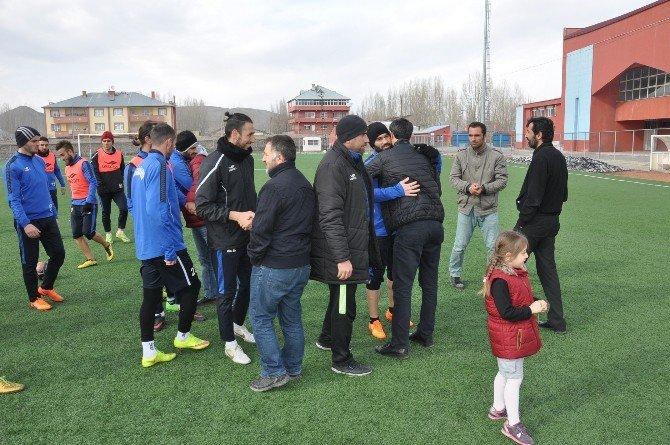 Patnos Gazeteciler Cemiyeti'nden Patnosgücüspor'a Ziyaret