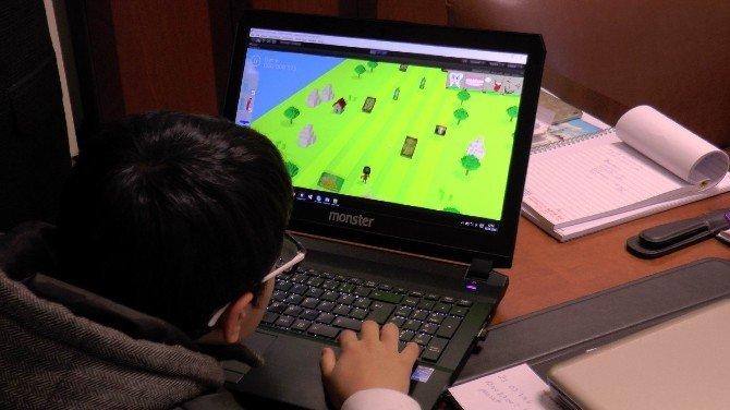 Çocuğunu Zararlı Oyunlardan Korumak İsteyen Doktor Eğitici Oyun Geliştirdi