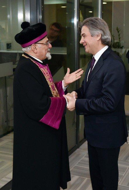"""Hahambaşı İsak Haleva: """"Hiçbir Güç Birlik Ve Beraberliğimizi Yıkamaz"""""""