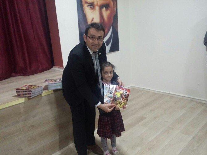 Yatılı Bölge Okulu Öğrencilerine Kitap Hediye Edildi